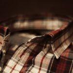 休みにチャックシャツを着る営業マンは一流