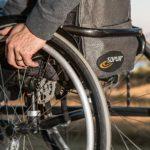 営業マンが『介護で退職』は避けられる?