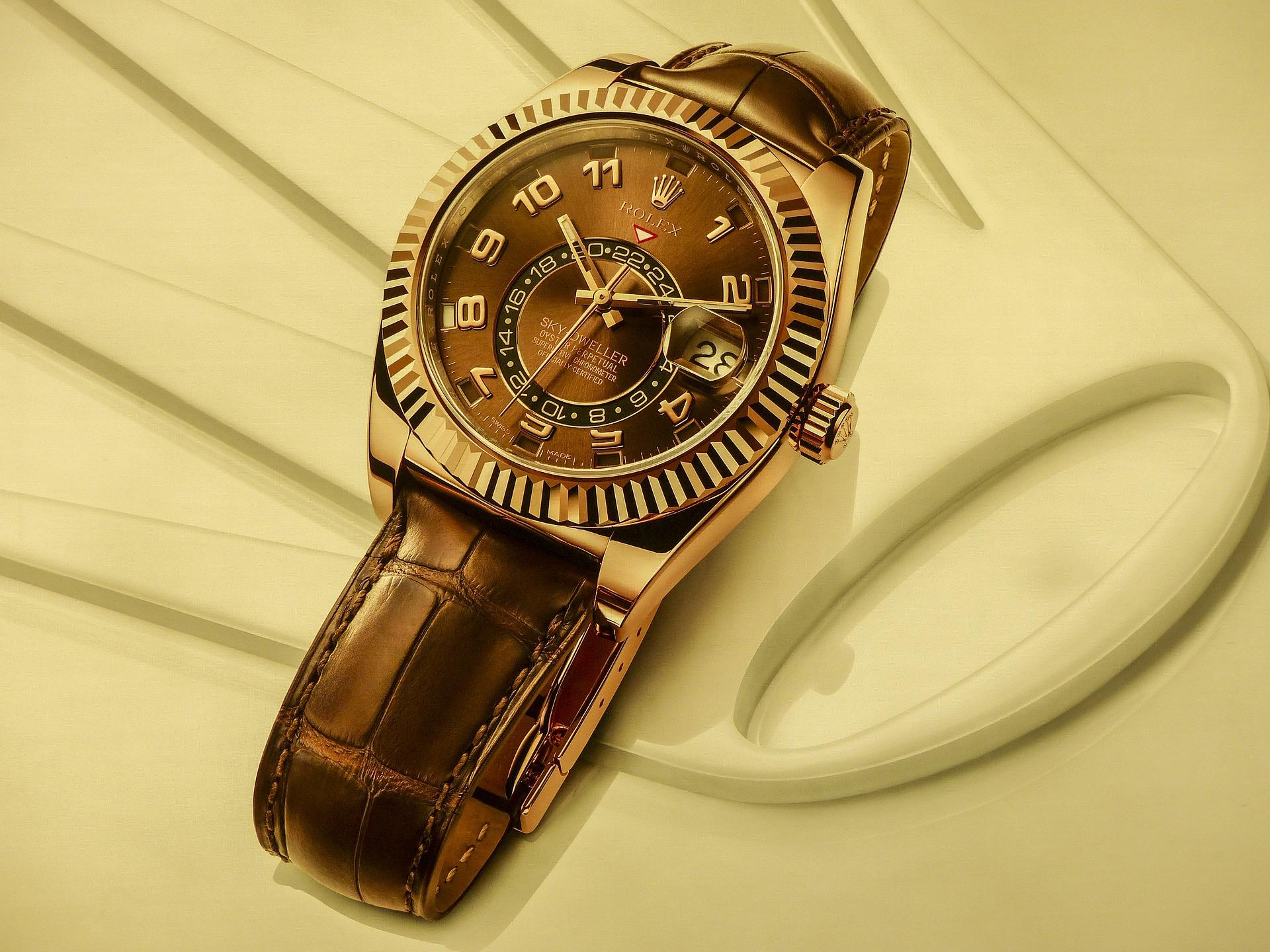 一流の営業マンは金無垢腕時計をする?
